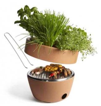 "Black + Blum Do It On Your Balcony ""Hot Pot"" BBQ: Terracotta Can, Bbq Grilled, Flowers Pots, Herbs Gardens, Small Spaces, Pots Bbq, Hotpot, Hot Pots,  Flowerpot"