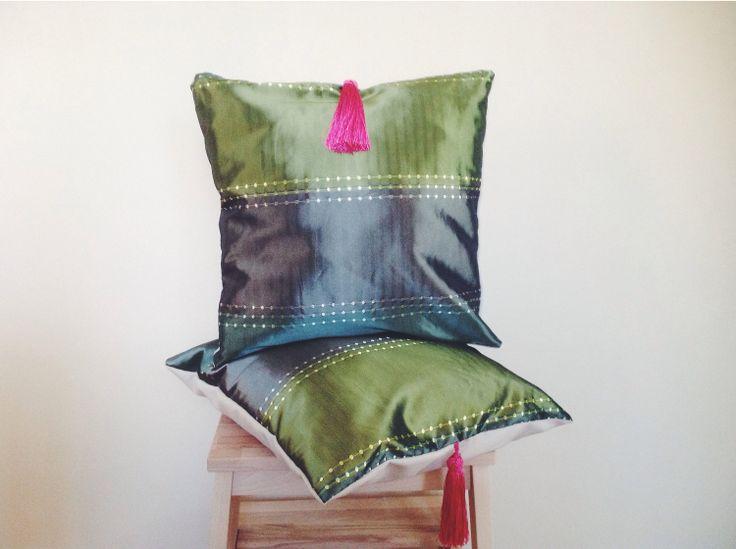 Ön yüzü etnik kumaş arka yüzü keten kumaştan hazırlanan tasarım yastıklar... #Didowa #HomeDecor #Yastık