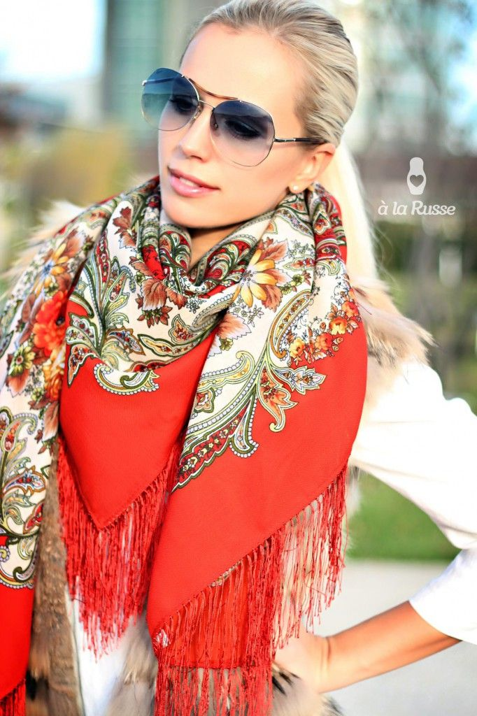 Floral russian shawl scarf A LA RUSSE