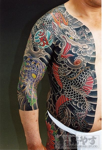 "Japanese Gangster Tattoos  The Japanese tattoo hit a cultural peak in the Edo period. Currently it is not widely accepted among Japanese people, because having tattoo is almost like advertising ""I'm Yakuza.""  #yakuza#tattoo#Japan"