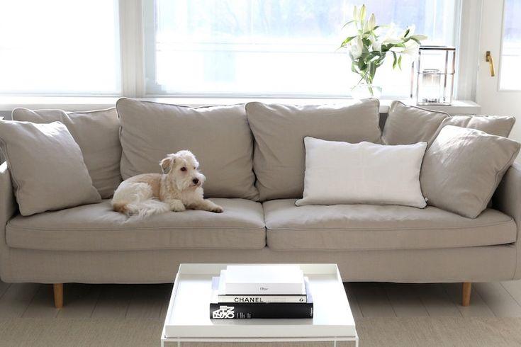 Homevialaura | living room | Boknäs Julia sofa | Hay Tray Table | Gauhar linen cushion | coffee table books