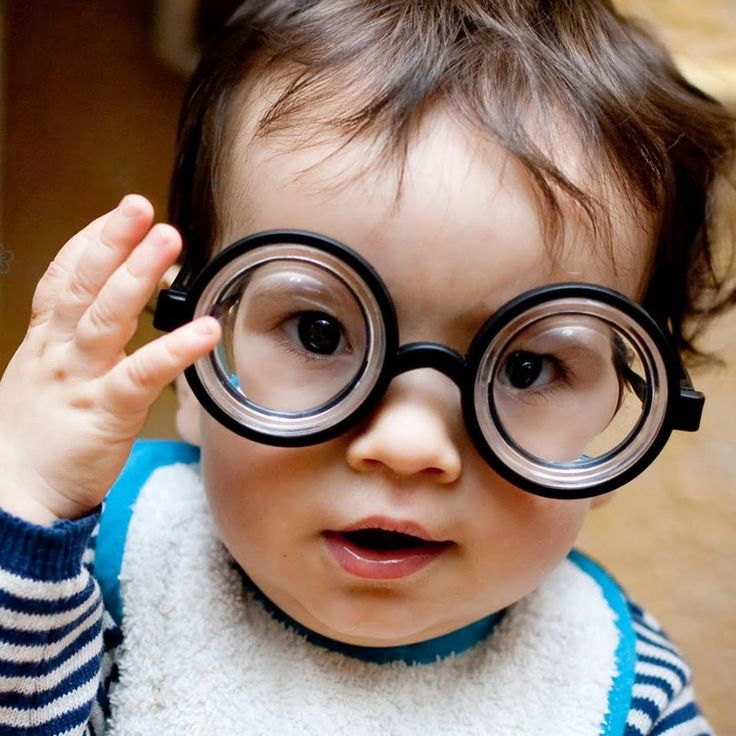 Los primeros signos de formación de los ojos en un embrión se detectan hasta la tercer semana de gestación. Protege su visión desde los primeros años. #ClínicadeEspecialidadesOftalmológicas