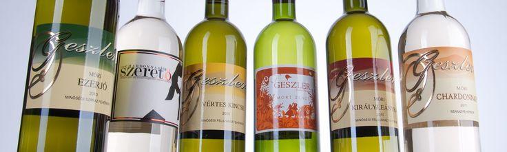 A Geszler Családi Pincészet borait itt lehet megtekinteni:  http://geszlerpince.hu/borok-geszler-csaladi-pinceszet-mor#tartalom
