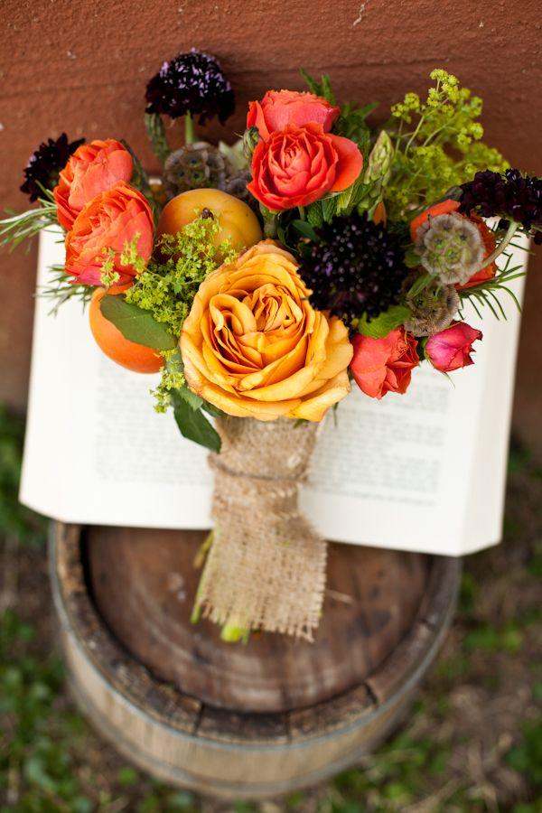 burlap wrapped bouquet