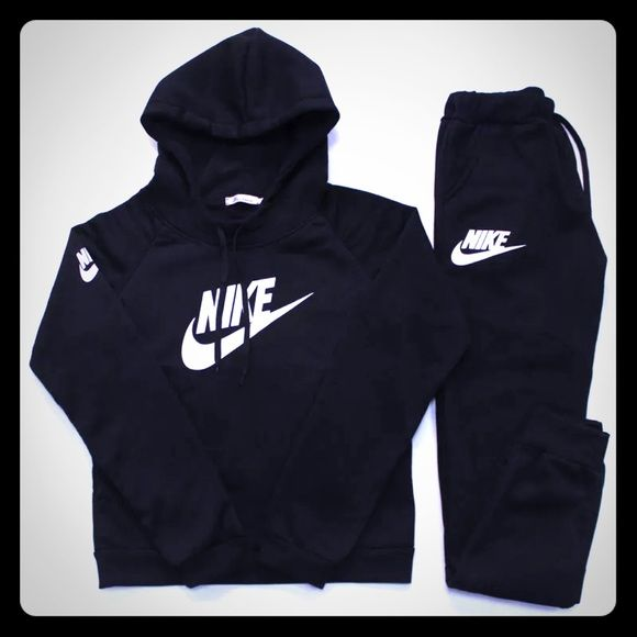 Nike sweat suit/jump suit/ jogging suit Black and white brand new with tags I have one in gray and white also Other