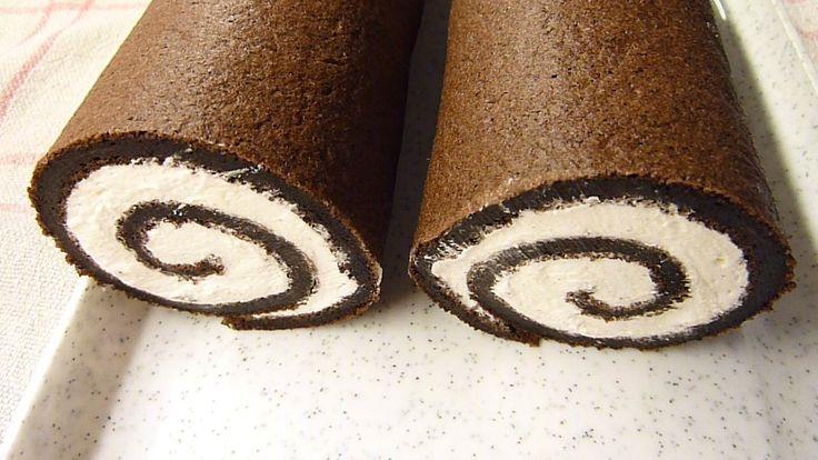 Oddělíme žloutky od bílků. Žloutky vyšleháme s cukrem a do vyšlehaných žloutků vmícháme přes síto kakao. Vyšleháme bílky do tuha a opatrně...
