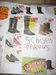 Schoenen uit folders halen