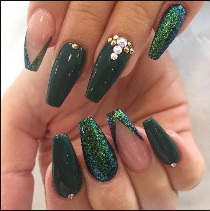 65 Best Gorgeous Acrylic Nails Design For Prom And Weekend Party Diatsy World Green Nails Green Acrylic Nails Green Nail Designs