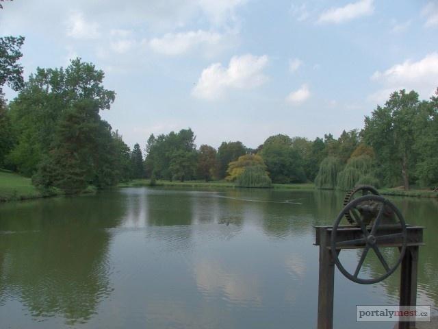 Čechy pod Kosířem - Zámecký park 7 - Zámecký rybník