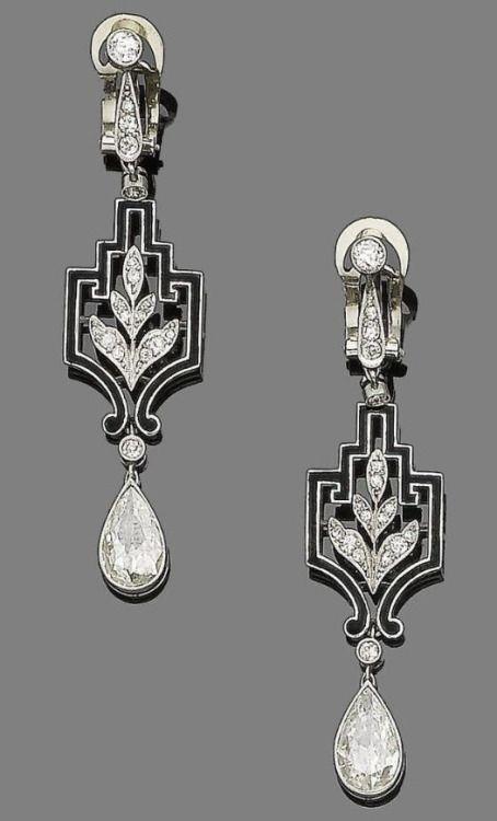Art Deco diamond and enamel pendant earrings, ca 1925.