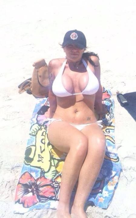 Looking to date a cougar Meet one today - right here