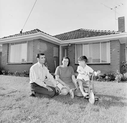 1971. Migrants in their homes – Housing scheme at Thomastown for Turkish migrants – Sadik Yurtsever, Image courtesy of the National Archives of Australia