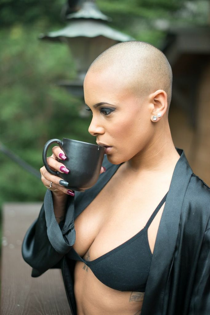 Bald headed girls fetish movies