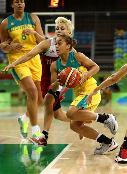 Leilani Mitchell #5 of Australia drives against Isil Alben #10 of Turkey during a Women's Basketball Preliminary Round game at the Rio 2016 Olympic Games on August 7, 2016 in Rio de Janeiro, Brazil.
