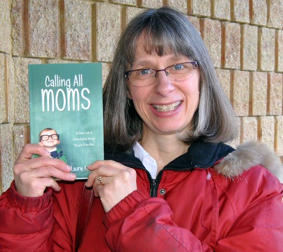 A book of encouragements for moms - A newspaper article.