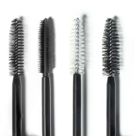 Bobbi's new gold standard for ultra-long, perfectly separated lashes. The secret? An upgraded good-for-your lashes formula working in perfect synergy with a unique brush. In just one sweep you get noticeably longer lashes & perfect separation. And because it's enriched with olive-derived emollients, Vitamin B and humectants, this long-wearing mascara conditions lashes while staying smudge & flake-free. You'll be lash obsessed.Click here forBobbi's Mascara Guide. #bobbibrown