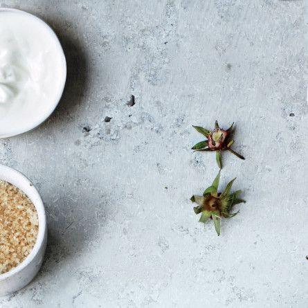 Cardamom Crème Fraîche Dip Recipe