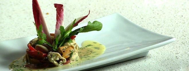 Une recette de salade de moules de la Nouvelle-Zélande présentée sur Zeste et Zeste.tv