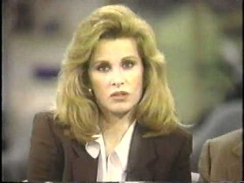 Stefanie Powers,Robert Wagner & Lionel Stander -The Vicki Lawrence Show 1994 - YouTube