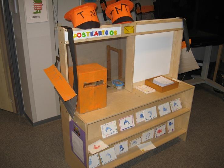 Postkantoor in de klas (juf Gertrude)