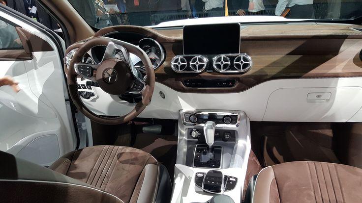 Así será la Mercedes Clase X, la primera camioneta de la marca alemana La automotriz alemana presentó a nivel global dos concept de la camioneta que a mediados de 2018 comenzará a fabricarse en la Argentina; tendrá tre... http://sientemendoza.com/2016/11/14/asi-sera-la-mercedes-clase-x-la-primera-camioneta-de-la-marca-alemana/