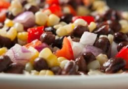 I just made Spicy Black Beans with Peppers from recipecenter.stopandshop.com on supercook.com!