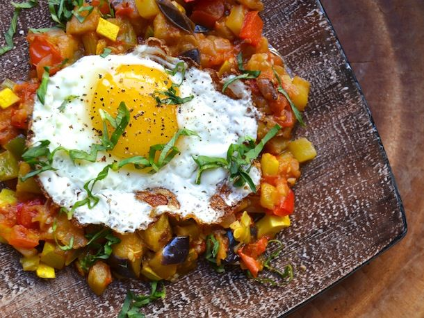Brunch #recipe: Ratatouille With Fried Eggs