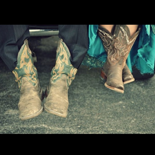 My son & his GF prom pic! Gottya love #boots