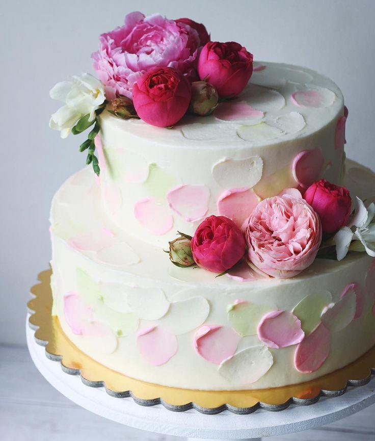 Свадебный цветочный на 5кг 🌺💗 #foodbookcake_wedding #foodbookcake #flora_fbc На конкурс #это_мой_торт4 от @anuta_maletina спонсор @ellecraftstore