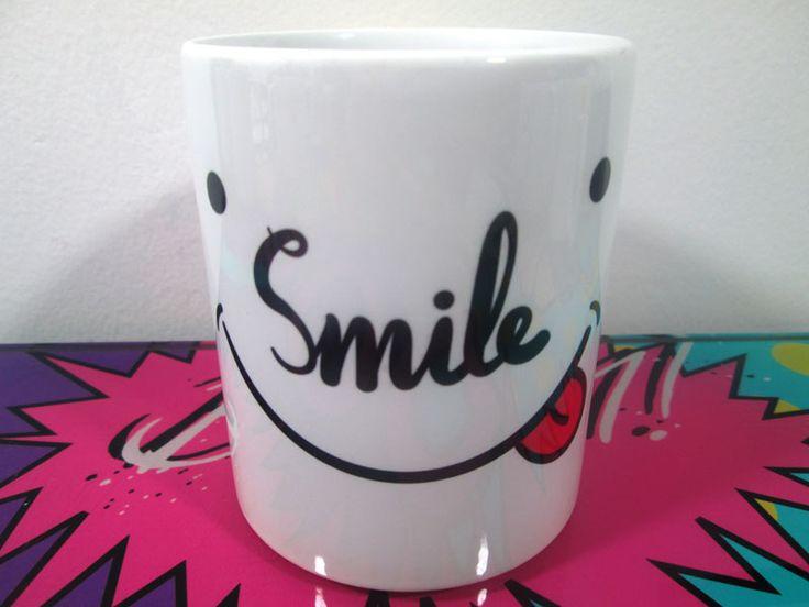 Mug Smile - Imaginaerum Regalos Bogotá - Diseños Creativos