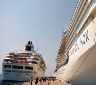 Affordable Cruises - (c)Mark Kahler, under an arrangement with About.com