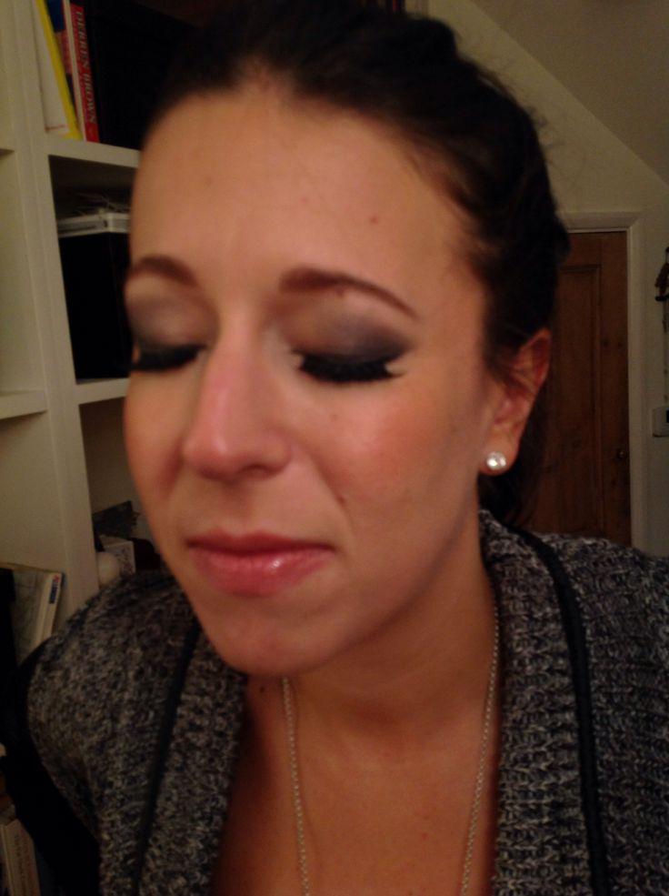 Smoky eyeshadow www.andreaelsby.com