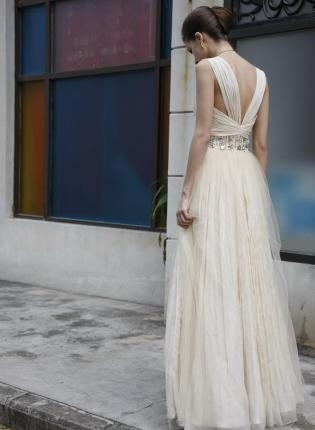 Off-white Prom Dress