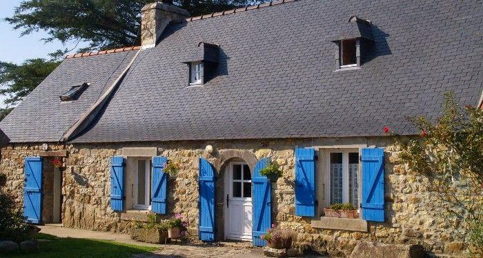 Maison caractéristique de la Presqu'ile  de  Crozon,  Finistère  Brittany