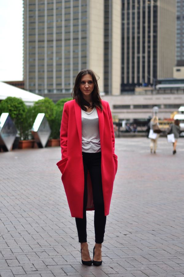 70 best COLOUR/ Red Coat images on Pinterest | Red coats, Red and ...