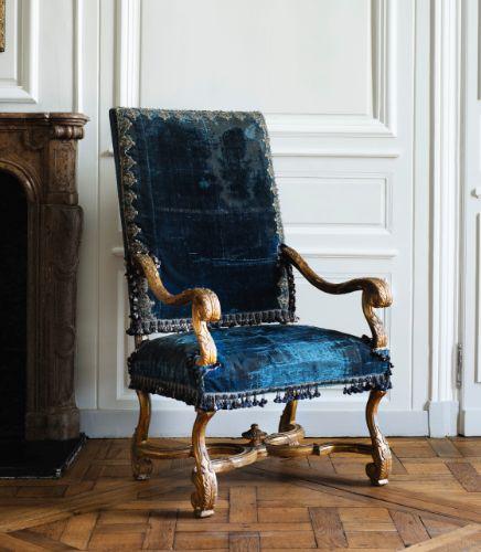 chair ||| sotheby's pf1711lot9gfxten