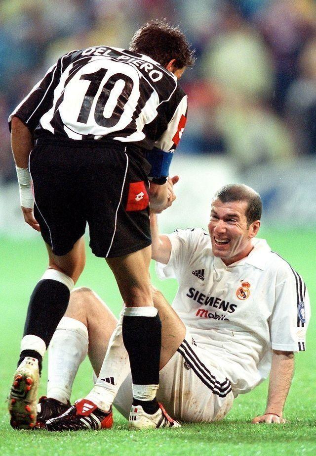 No es el más grande el que menos veces se cae, sino el que más veces se levanta. #DelPiero #Zidane