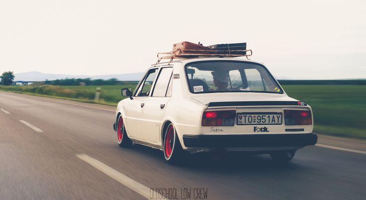 Škoda 105 S Oldschool Low Crew Slovakia