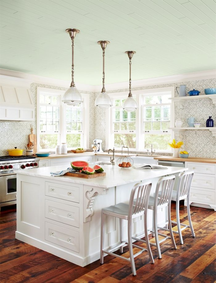 blue ceiling...benjamin-moore-serene-breeze-449-sarah-richardson-country-home-endless-summer-kitchen-0615
