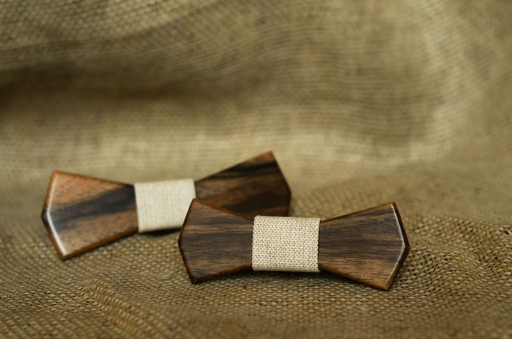 Discover walnut tree Father & son edition from Woodoo bow ties.
