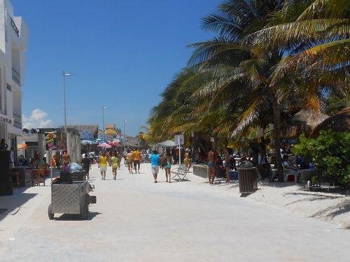 Barefoot Beach Resort Costa Maya