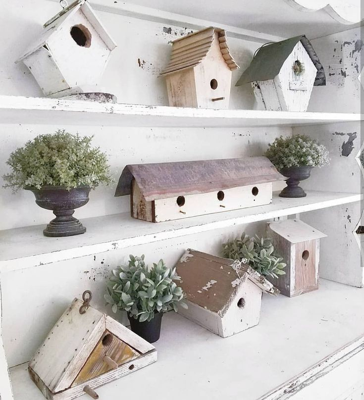 """886 Likes, 23 Comments - Jennifer Choate (Josh Choate) (@downshilohroad) on Instagram: """"I want to take a moment to share a #FollowFriday that means so much to me!!!! It's my friend Beth…"""" #birdhouses"""