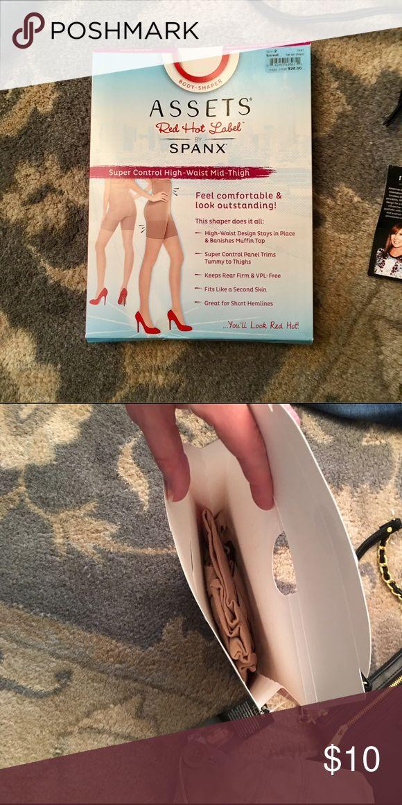Spanx pantyhose Brand-new in box never worn SPANX Intimates & Sleepwear Shapewear