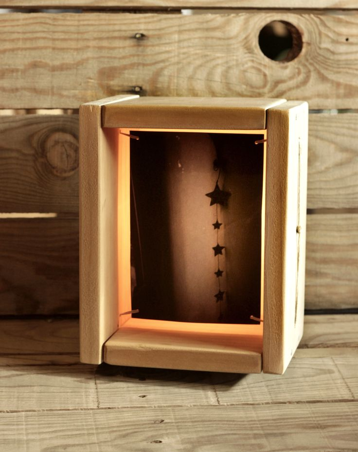 HANDMADE Photo LIGHTBOX #212 __ Made in December 2014 _ You can find it at ETSY.COM __ $124 USD // 100 Euros