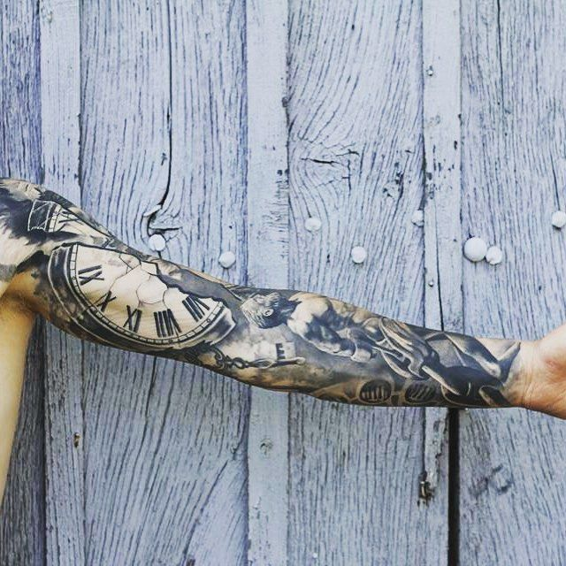 Done  a few months ago  #archyowltattooist #tattoo #lyoncity #marquistheoriginal #black #grey