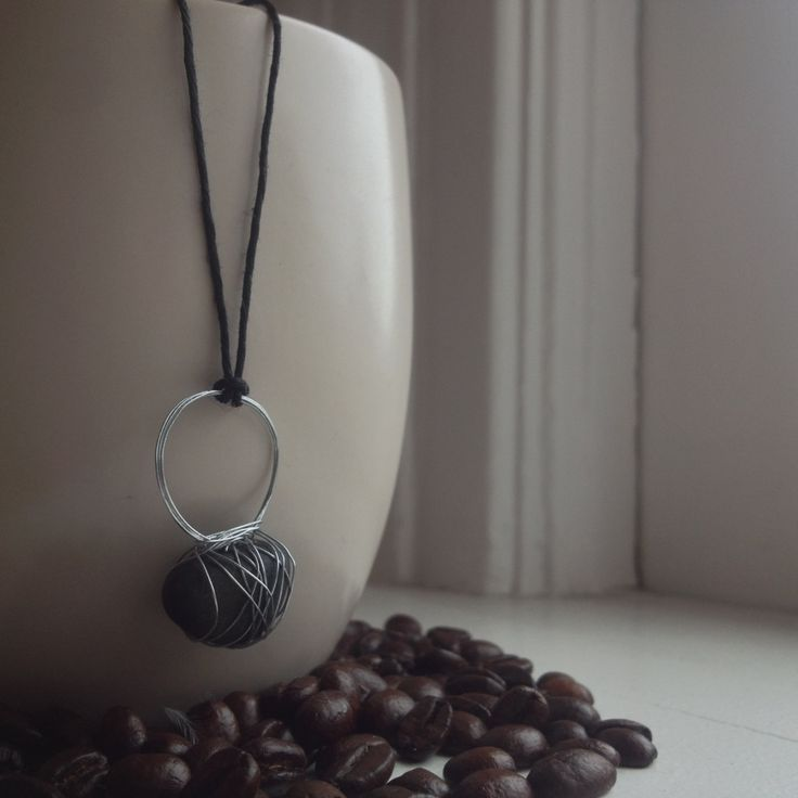 """Beach Pebble Necklace 