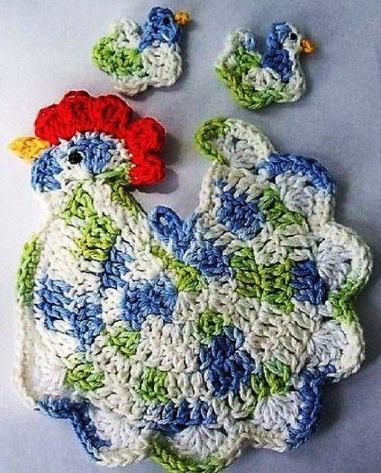 Chicken, found on : http://crochet-plaisir.over-blog.com/article-accessoires-et-leurs-grilles-gratuites-au-crochet-111144940.html Chart pattern