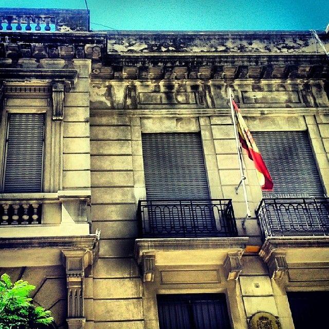 Consulado de España #bahiablanca #arquitectura #argentina #siglo20 #embajada #spain #bandera #consulate #flag #embassy #España