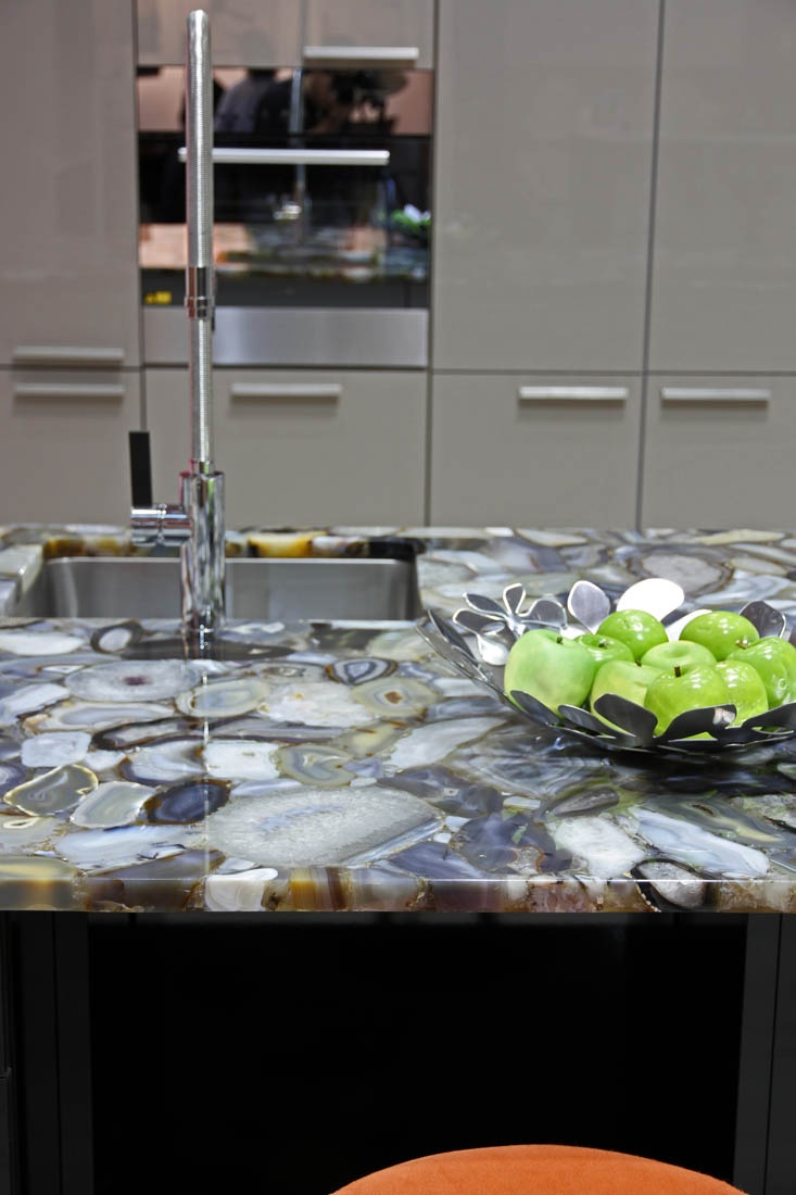 Best Leicht Kitchens 8311 Grey Agate Caesarstone Kitchens 400 x 300