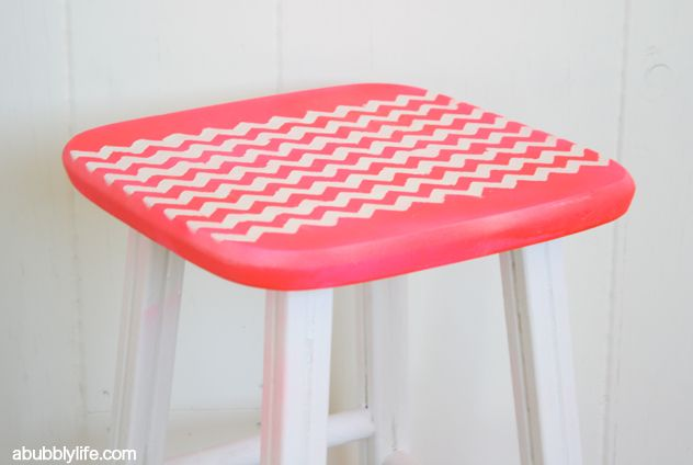 A Bubbly Life: Chevron Stencil Furniture Makeover DIY